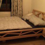 Bett im Fachwerkstil